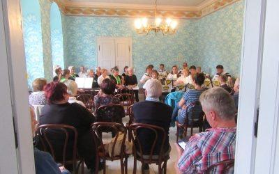 Gut Schwarzbach_Blauer Salon Chor Tag des offenen Denkmals 2019_4746k